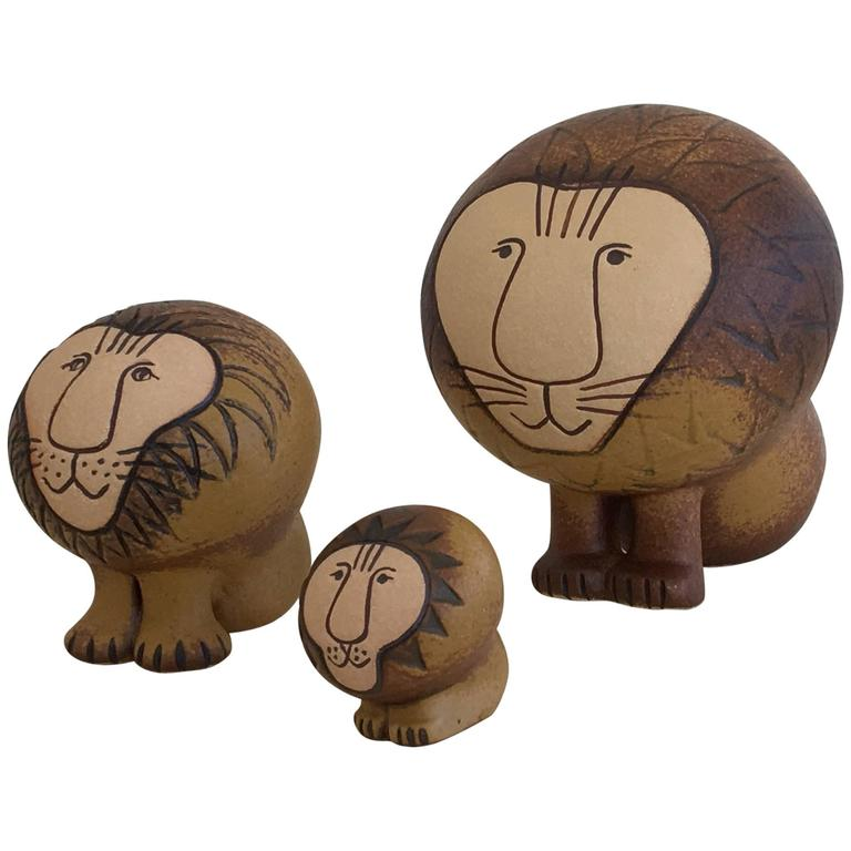 Set of Three Ceramic Lions by Lisa Larson For Sale