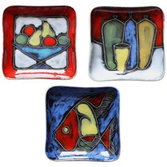 Colorful and Vibrant Set of Italian Glazed Sgraffito San Marino Ceramic Dishes