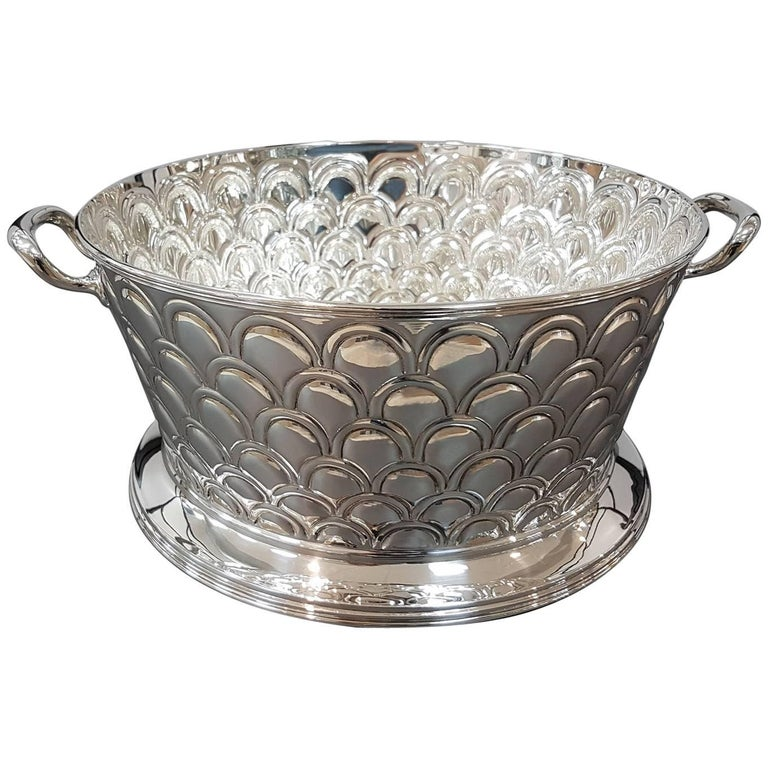 20th Century Italian Silver Round basket with handles. Handicraft made in Italy For Sale