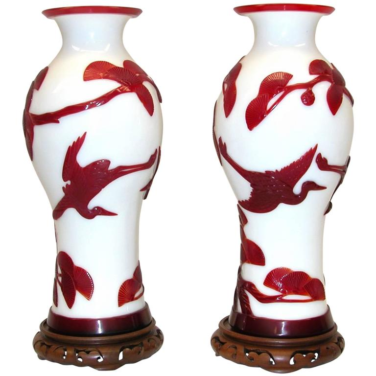 Pair of Peking Chinese Glass Urns in Red and White Colors with Birds in Flight
