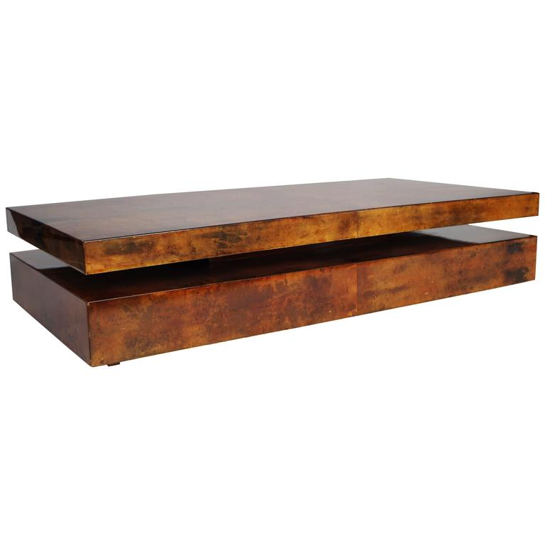 Large coffee table covered with parchment by italian for Italian design coffee table