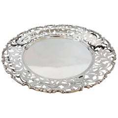 20th Century Italian Sterling Silver Pierced Dish. Handicraft made in Italy