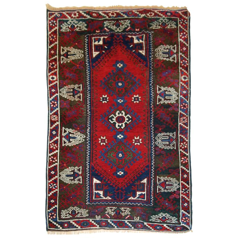 Old Turkish Dosemealti Rug Of The Traditional Design