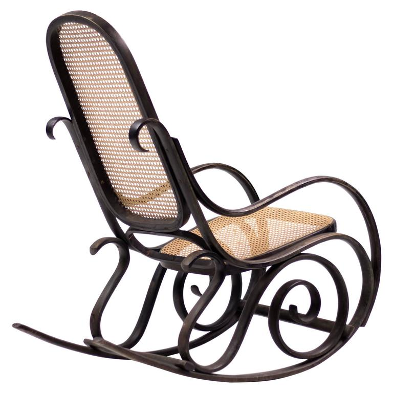 Bentwood Rocker Model 10 With Cane Seat And Back At 1stdibs