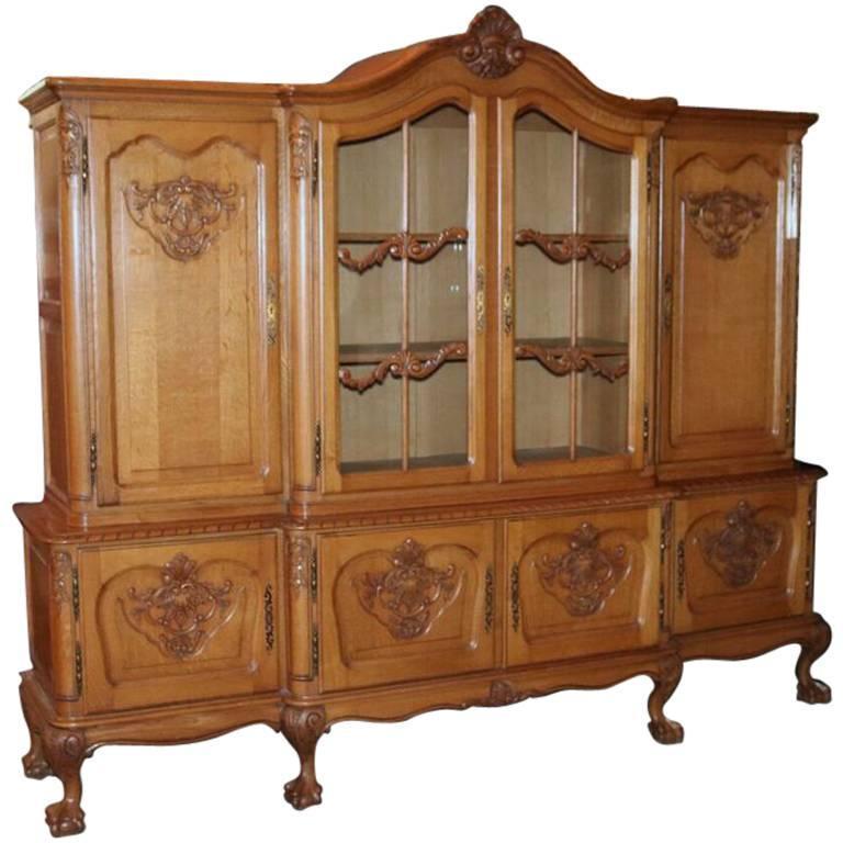 Oversized Antique Belgian Carved Oak Breakfront Cabinet, circa 1940 For Sale - Oversized Antique Belgian Carved Oak Breakfront Cabinet, Circa 1940