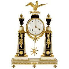 Neoclassical Round Clock Carrara Marble Bronze Brass, France, 18th Century