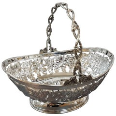 20th Century Sterling Italian Silver Basket. Handicrafts made in Italy