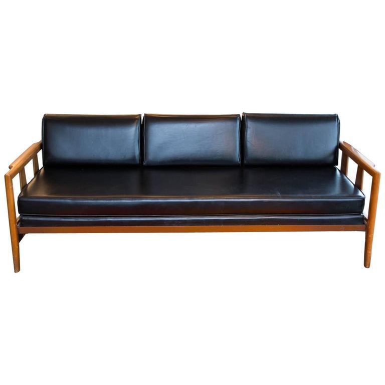 rare heywood wakefield trundle daybed at 1stdibs rh 1stdibs com heywood wakefield bamboo sofa heywood wakefield sofa vintage