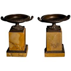 Fine Pair of Patinated Bronze Italian Grand Tour Tazzas, Mid-19th Century