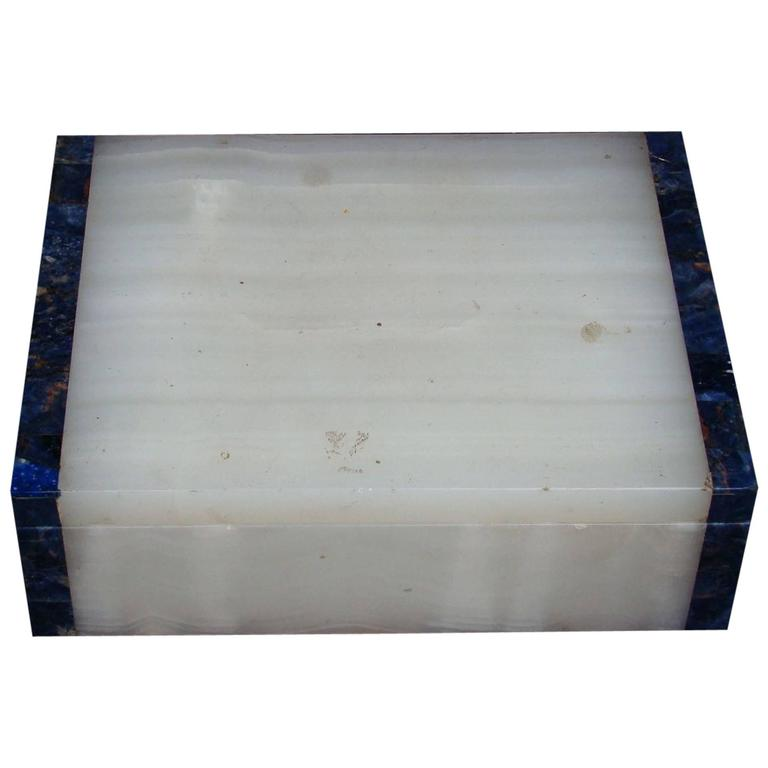 1940s Late Art Deco White Onyx and Lapis Lazuli Box by Henry Griffith & Sons