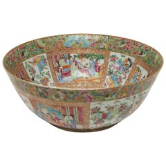 Chinese Export Porcelain Rose Medallion Bowl