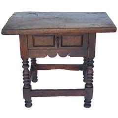 17th Century Baroque Walnut Spanish Side Table
