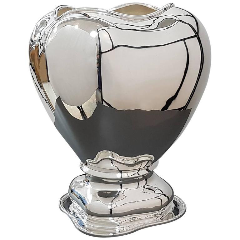 20th Century Italian Sterling Silver Vase gorgeous Italian craftsmanship