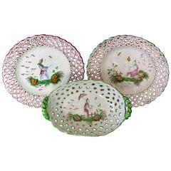 Set of Chinoiserie Dishes