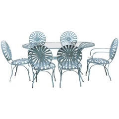 Dining Table and Chairs of Spring Steel