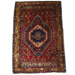 Antique Anatolian Yahyali Rug with Traditional Large Medallion Design circa 1920