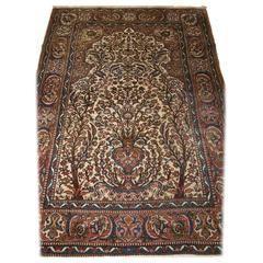 Isfahan Prayer Rug with a Very Traditional Floral Vase Design, circa 1900