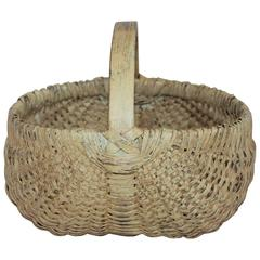 Early 19th Century Original Creamy Yellow Painted Buttocks Basket