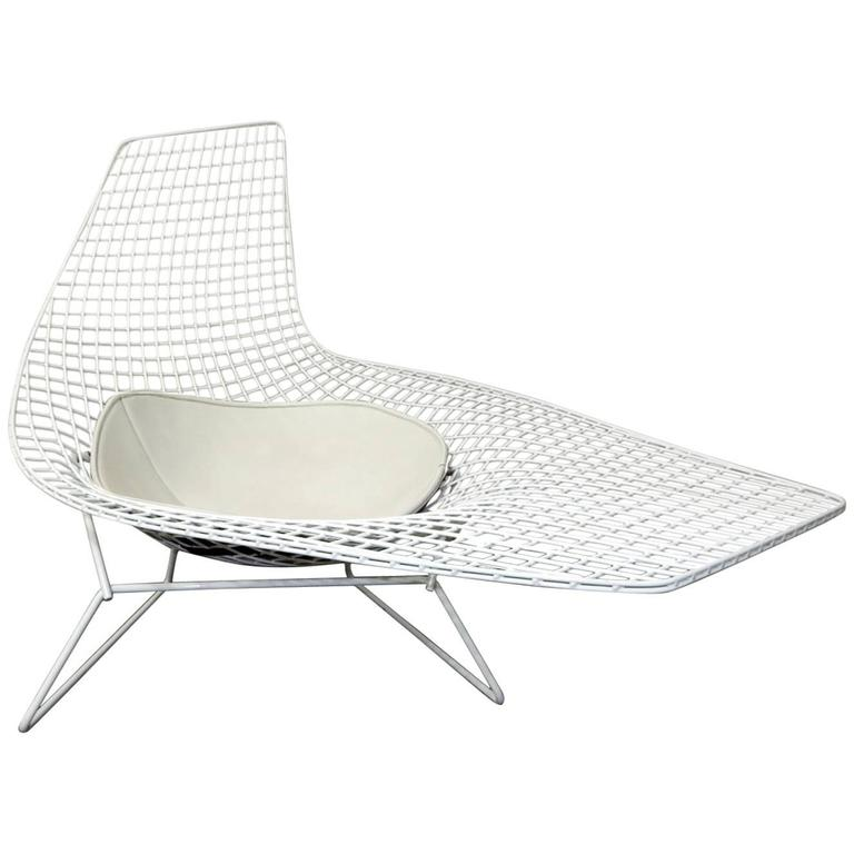 Harry Bertoia Knoll Asymmetric Sculptural Wire Chaise Lounge At 1stdibs