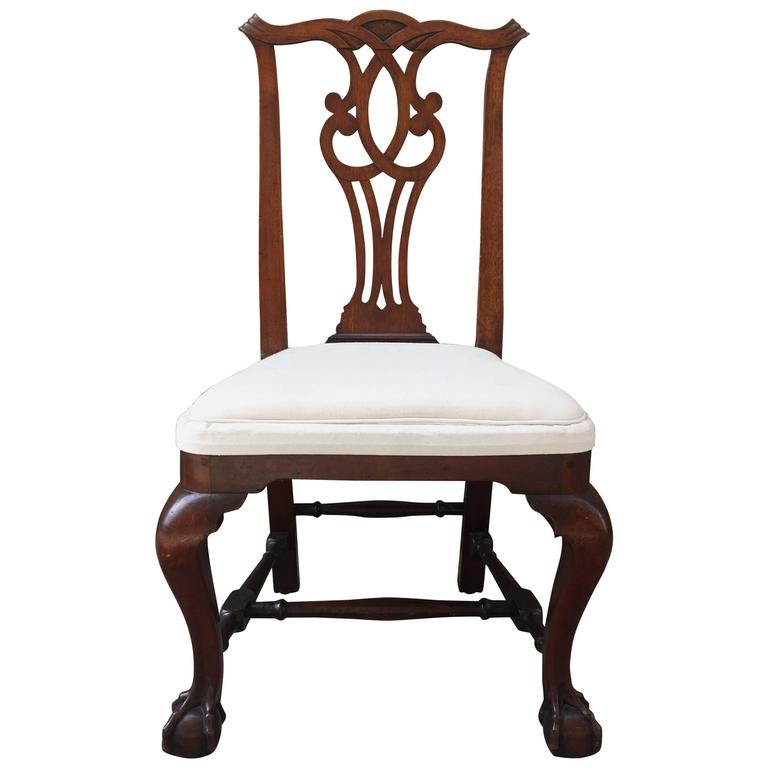 !9th Century American Mahogany Side Chair with Ball and Claw Feet For Sale