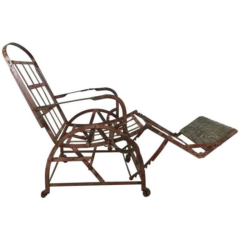 iron campaign adjustable folding chair chaise bed wilson. Black Bedroom Furniture Sets. Home Design Ideas