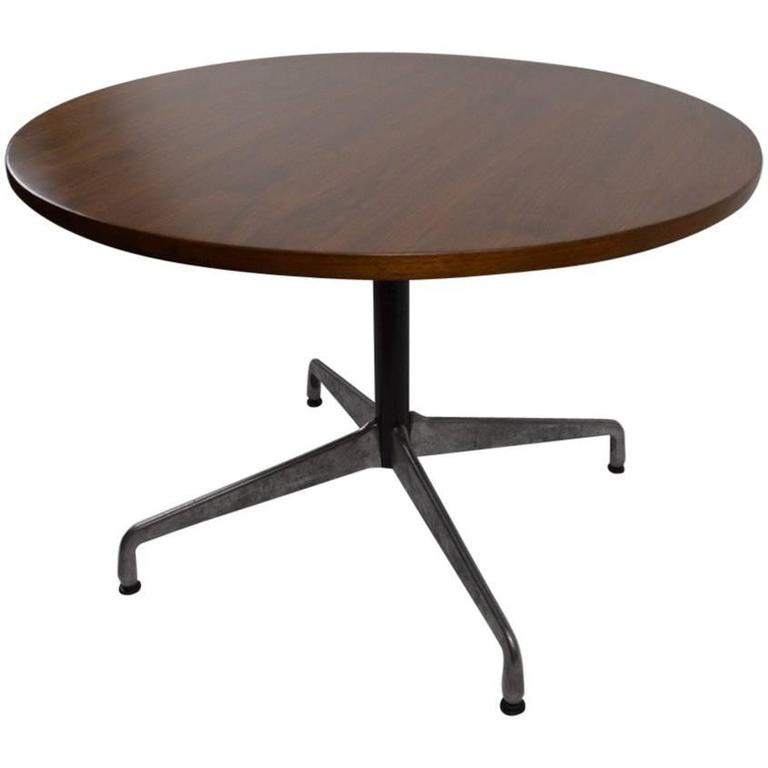 Eames For Herman Miller Wood Top Aluminium Base Dining Cafe Table 1