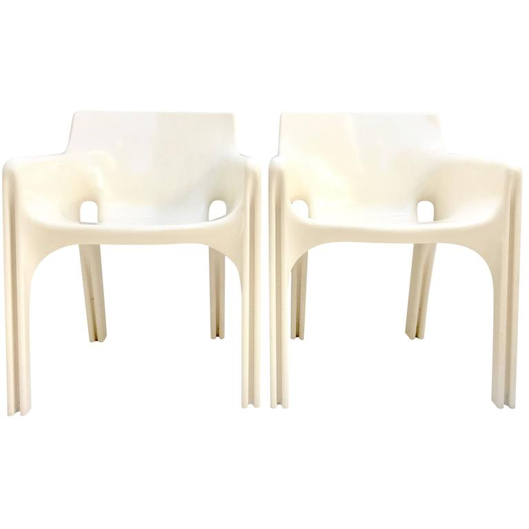 "1970'S Pair of ""Gaudi"" Molded Fiberglass Chairs by, Vico Magistretti"