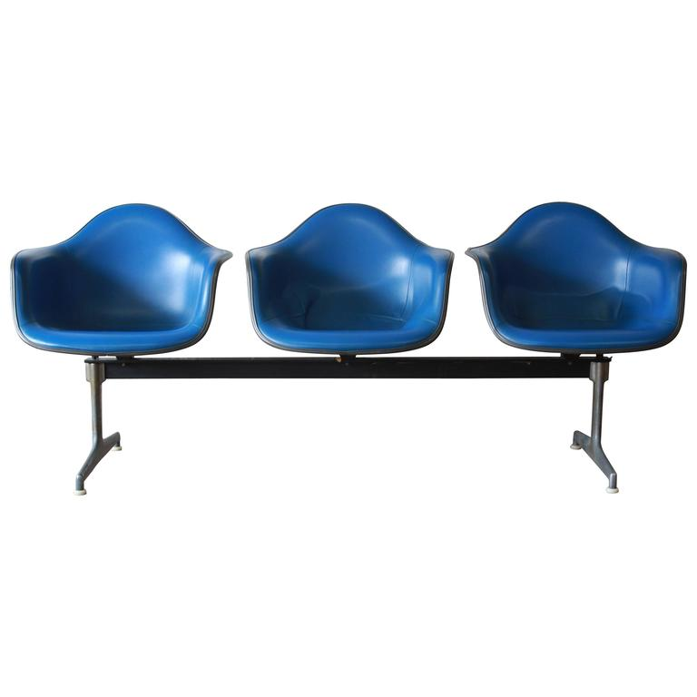 Tandem Three-Seat Shell Chairs by Charles & Ray Eames for Herman Miller For Sale