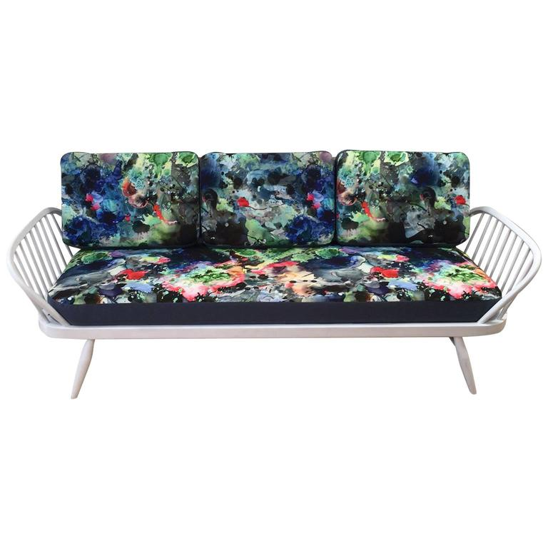Mid-20th Century Ercol Studio Couch with Timorous Beasties Print Upholstery 1