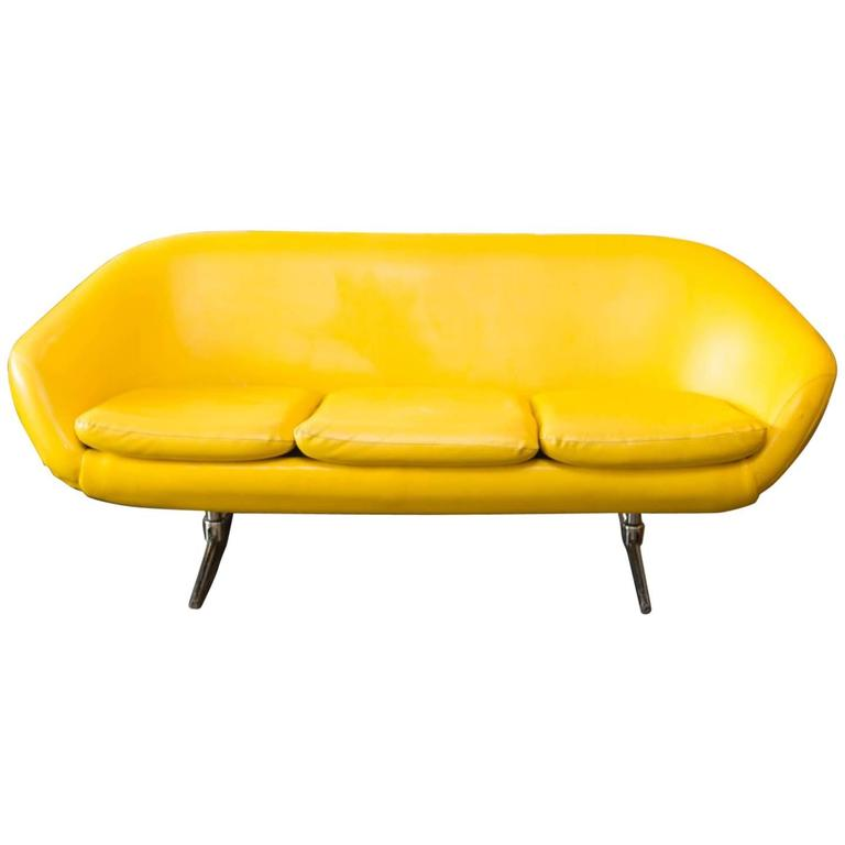 Mid Century Modern Burris 3 Seat Pod Couch For Sale At 1stdibs