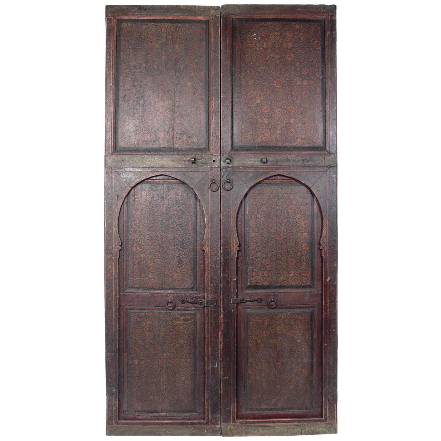 Pair of Exotic Hand-Painted Antique Moroccan Doors - Pair Of Spanish Wood Carved Doors With Carved Pattern And Warm