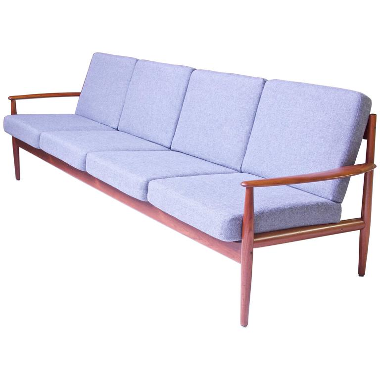 Vintage Grete Jalk Fd-118 Four-Seat Sofa in Teak and Grey Wool, 1960s For Sale
