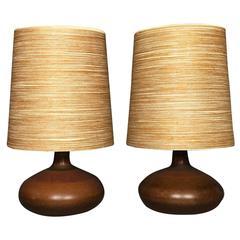 Pair of Lotte and Gunnar Bostland Ceramic and Fiberglass Lamps, Canada, 1960s