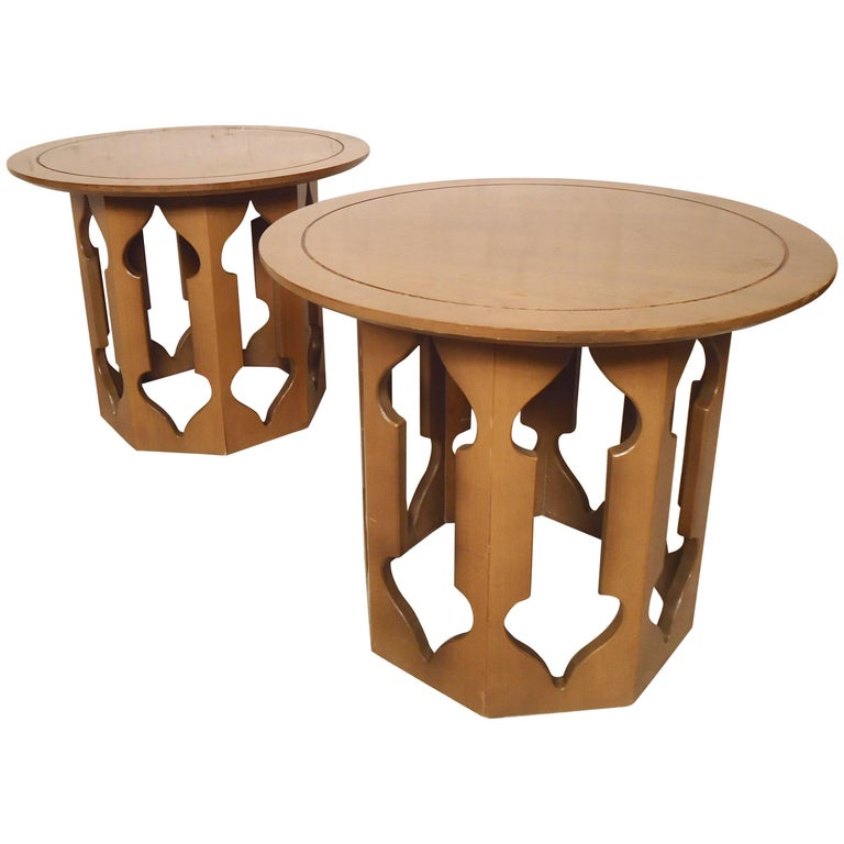 Mid-Century Modern Side Tables with Sculpted Base For Sale