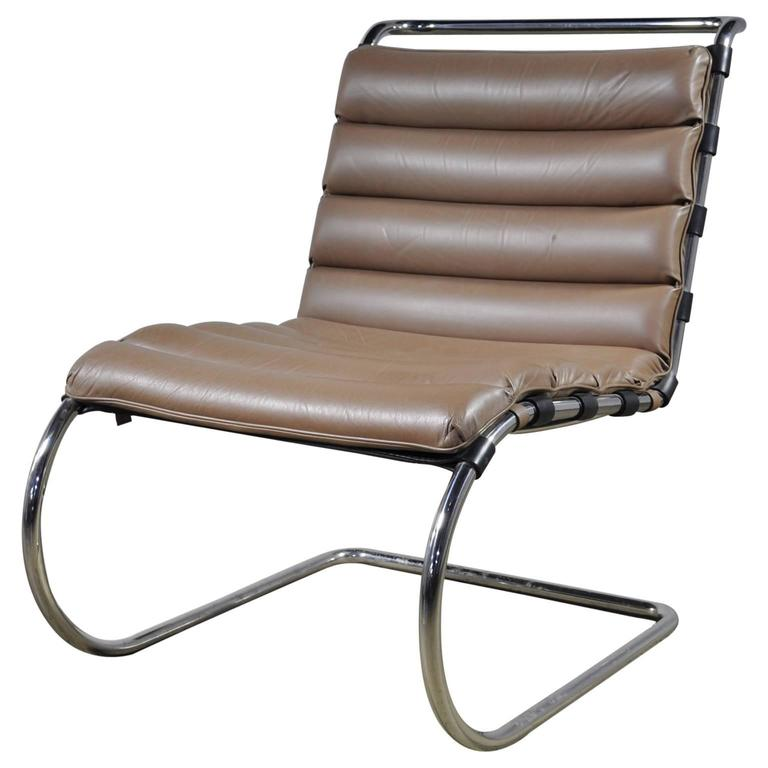 mies van der rohe mr lounge chair without arms for sale at 1stdibs. Black Bedroom Furniture Sets. Home Design Ideas