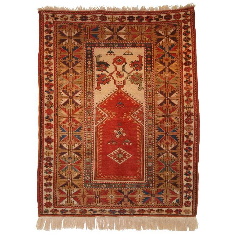 Turkish Milas Prayer Rug Of Classic Design Second Half Of The 19th Century For Sale At 1stdibs