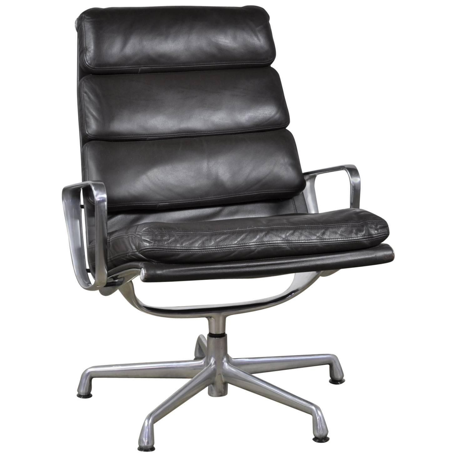 herman miller eames soft pad lounge chair and ottoman. espresso leather eames soft pad executive lounge chair by herman miller and ottoman d