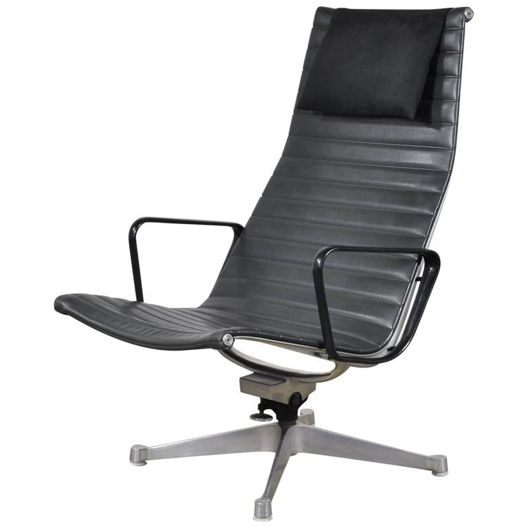 black leather eames aluminum group lounge chair for sale at 1stdibs