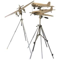 Airplane Scale Models with Adjustable Tripod