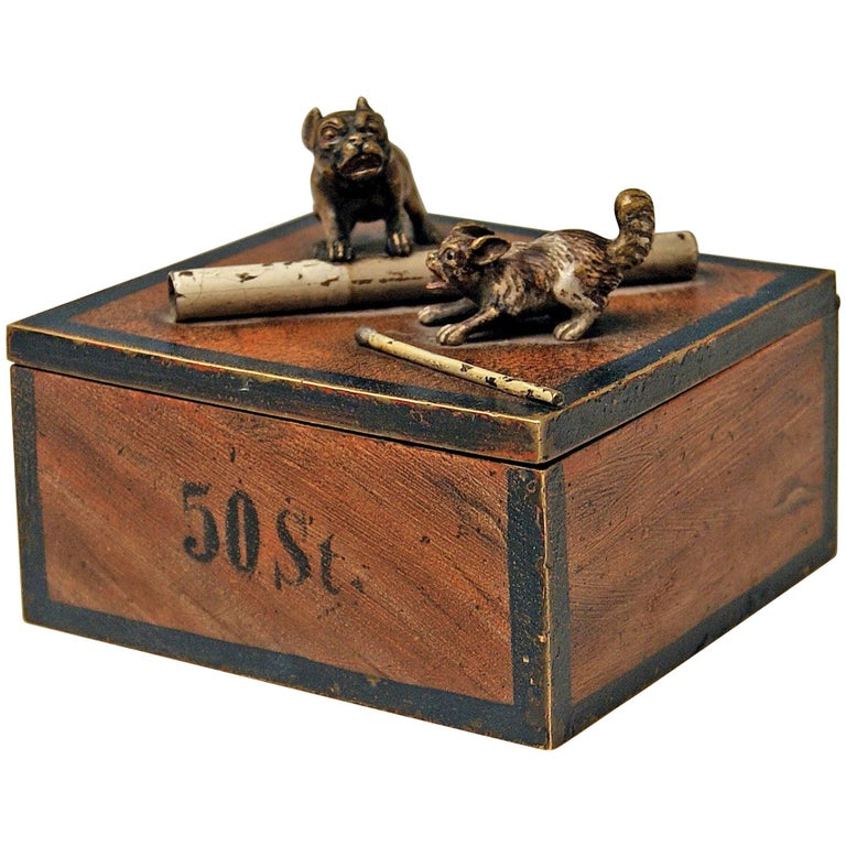 Vienna Bronze Tobacco Box with Dogs Pugs by Franz Bergman'n', circa 1890-1900 For Sale