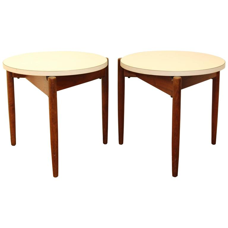 Pair of Jens Risom Floating Nesting Tables