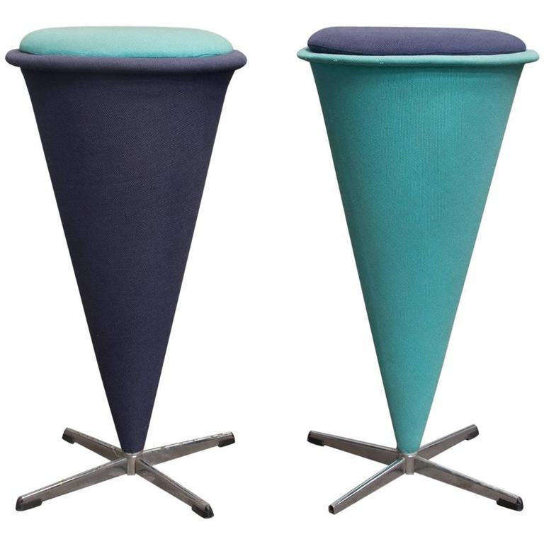 1958 verner panton for rosenthal cone high stool original turqois linen fabri for sale at 1stdibs. Black Bedroom Furniture Sets. Home Design Ideas