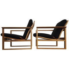 Børge Mogensen Oak Lounge Sled Chairs Designed 1956 for Fredericia Stolefabrik
