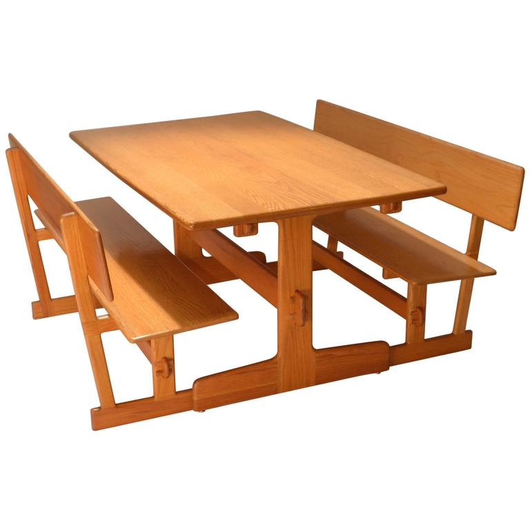 Merveilleux Gerald McCabe Oak Trestle Dining Table And Benches For Orange Crate Modern  For Sale