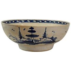 Late 18th Century Chinese Export Porcelain Bowl