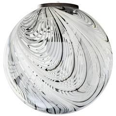 Large Murano Globe, Filigrana Rare Fenice Feathering, Venini 1960 Attribution