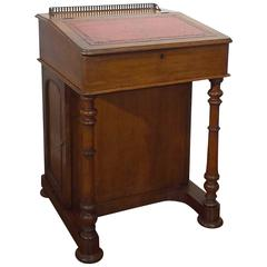 Victorian Era English Walnut Davenport Writing Desk, circa 1870