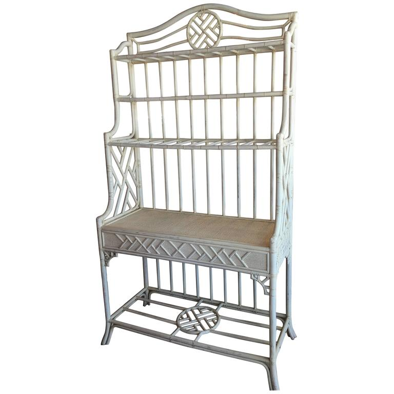 Hekman Rattan Chinese Chippendale Bakers Rack Cabinet Etagere Wicker For  Sale