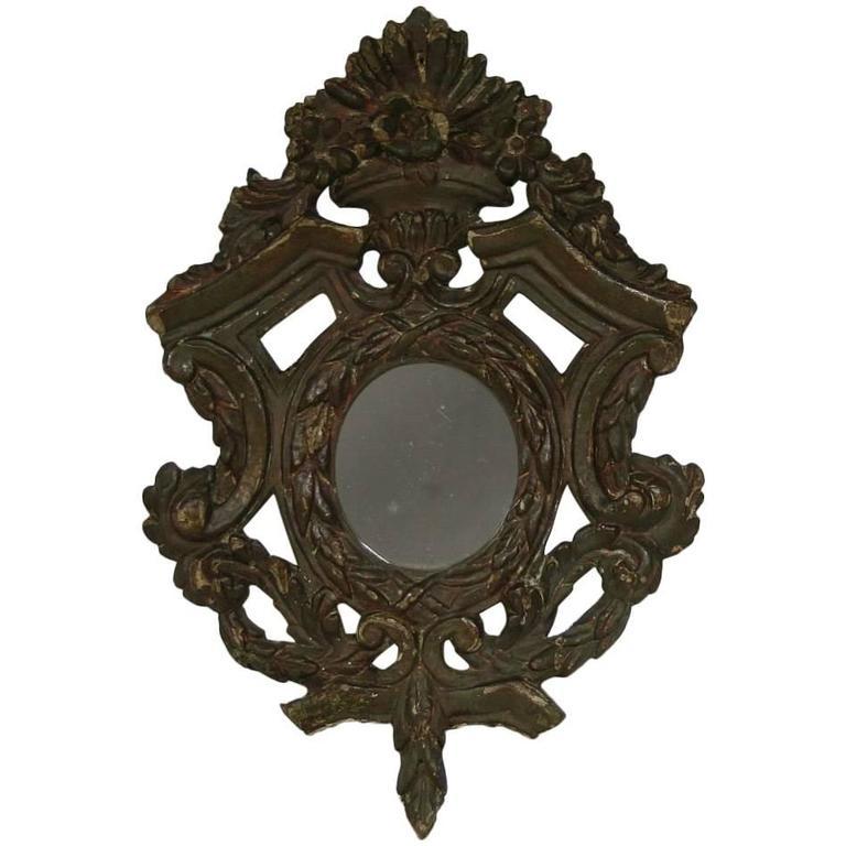 Small 18th century italian baroque mirror for sale at 1stdibs for Small baroque mirror