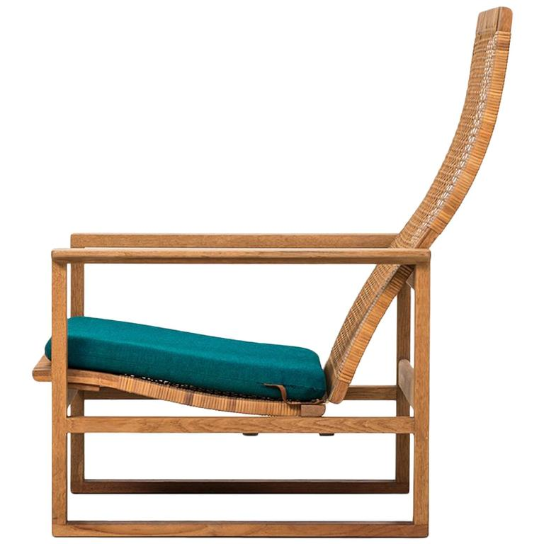 Børge Mogensen Easy Chair Model BM-2254 by Fredericia Stolefabrik in Denmark